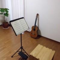 レッスン室 リュート クラシックギター ウクレレ 池袋 蕨川口 東京 教室