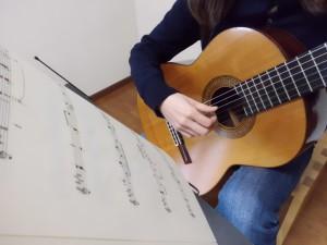 ギター画像 リュート クラシックギター ウクレレ 池袋 蕨川口 東京 教室